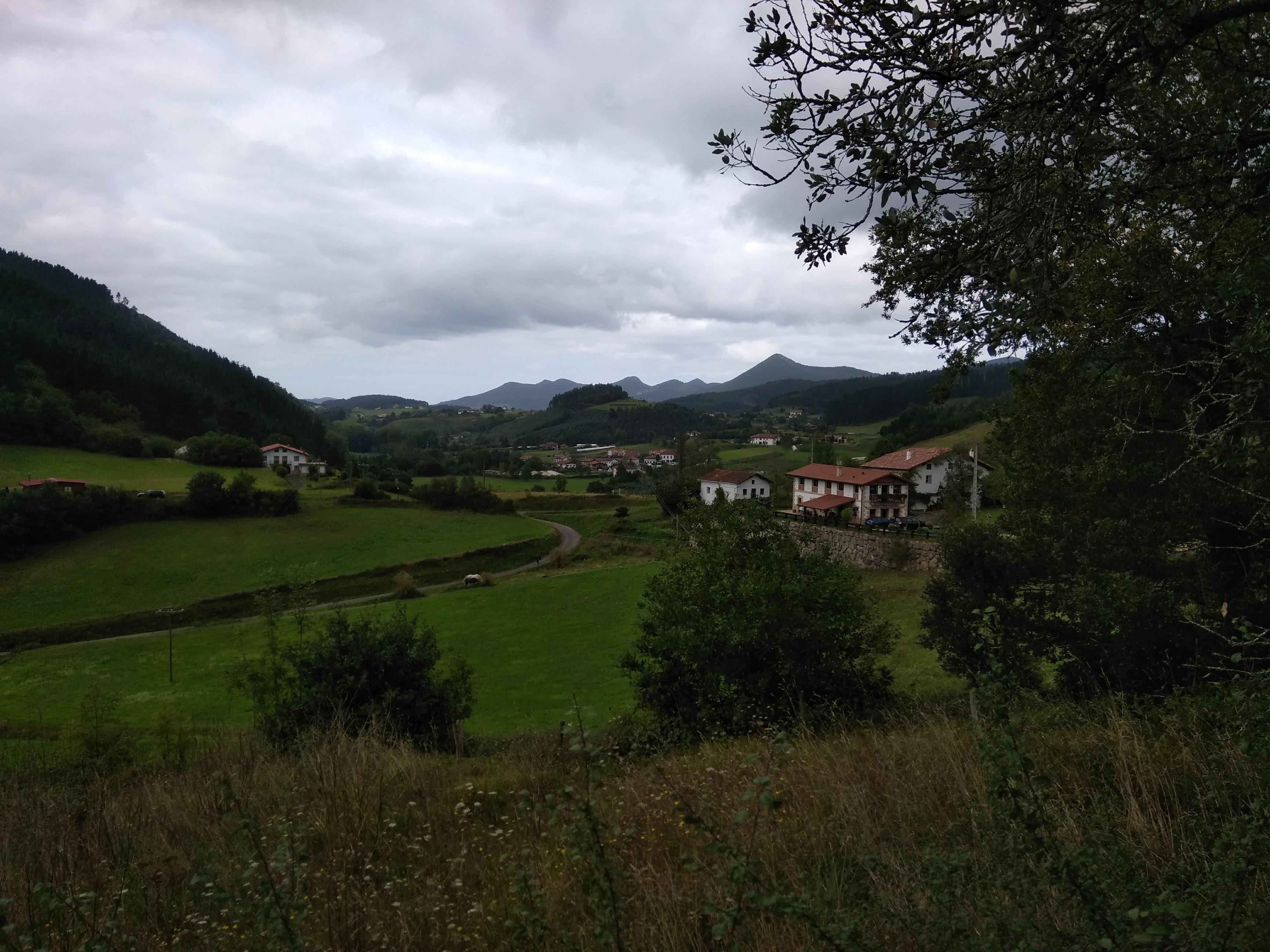 SENDERISMO y Nordic Walking: Munitibar - Arratzu - Gernika, un camino con mucha historia @ Munitibar | Arbácegui y Guerricaiz. Munitíbar o Munditíbar | País Vasco | España